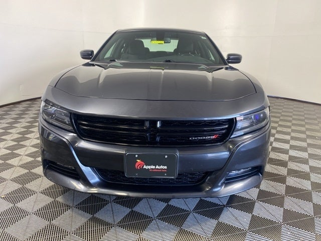 Used 2017 Dodge Charger SXT with VIN 2C3CDXJGXHH526136 for sale in Shakopee, Minnesota