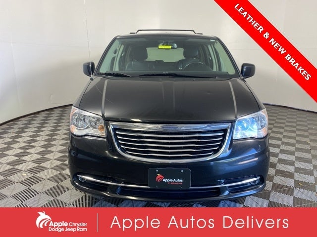 Used 2016 Chrysler Town & Country Touring with VIN 2C4RC1BG7GR148130 for sale in Shakopee, Minnesota